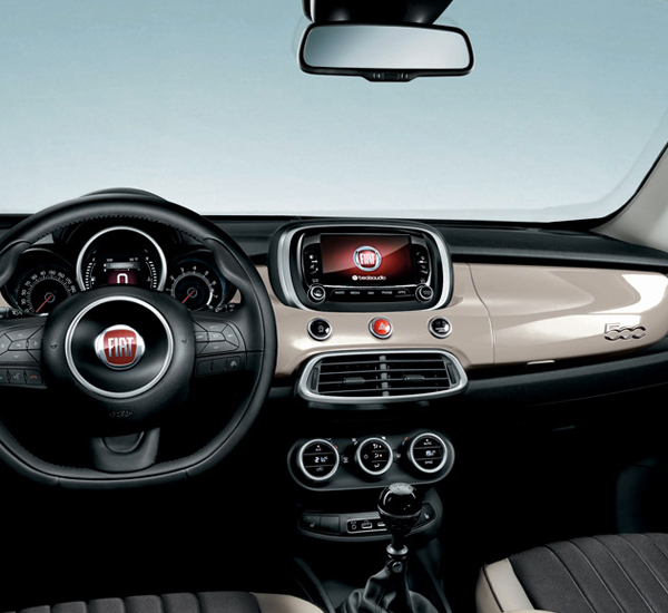 Neue fiat 500x city look beste suv der kompaktklasse for Fiat 500x interieur